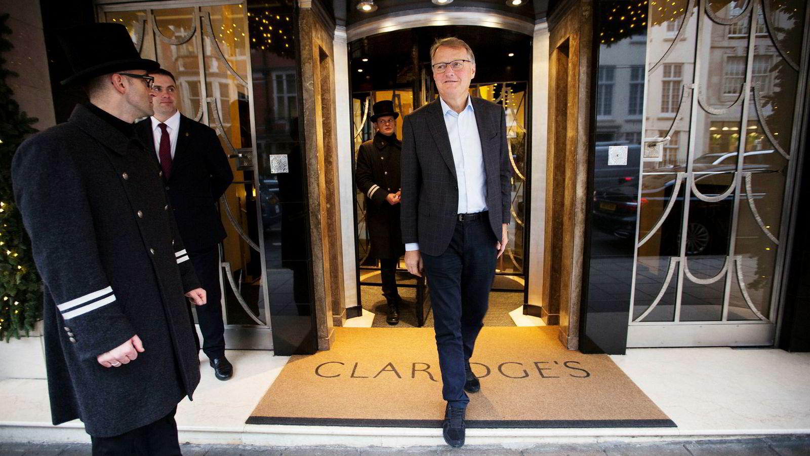 DNB-sjef Rune Bjerke er i London for å legge frem bankens finansielle mål tirsdag. Lønnsomheten skal opp.