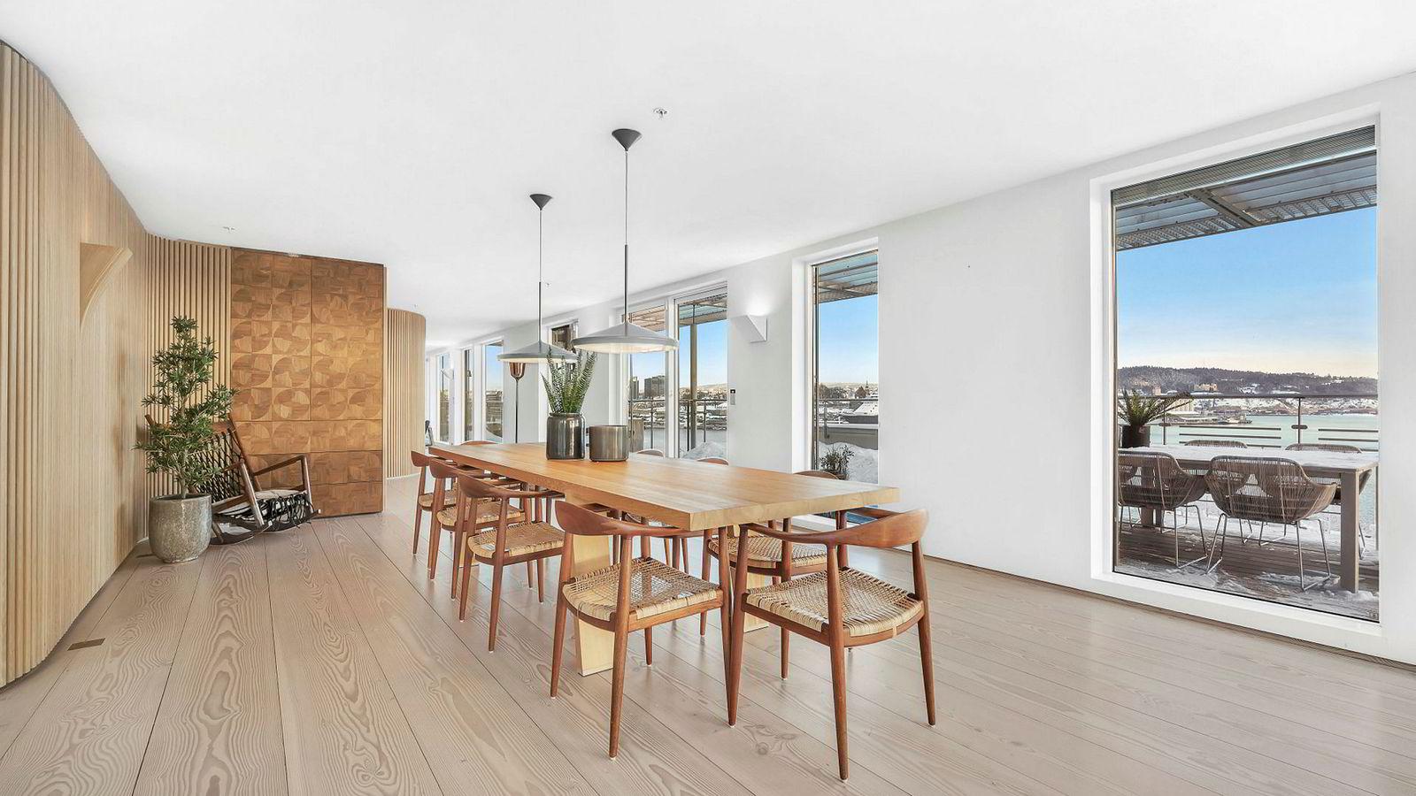 Krafttrader Einar Aas selger nå leiligheten på Strandpromenaden 5 på Tjuvholmen for 67,5 millioner kroner.