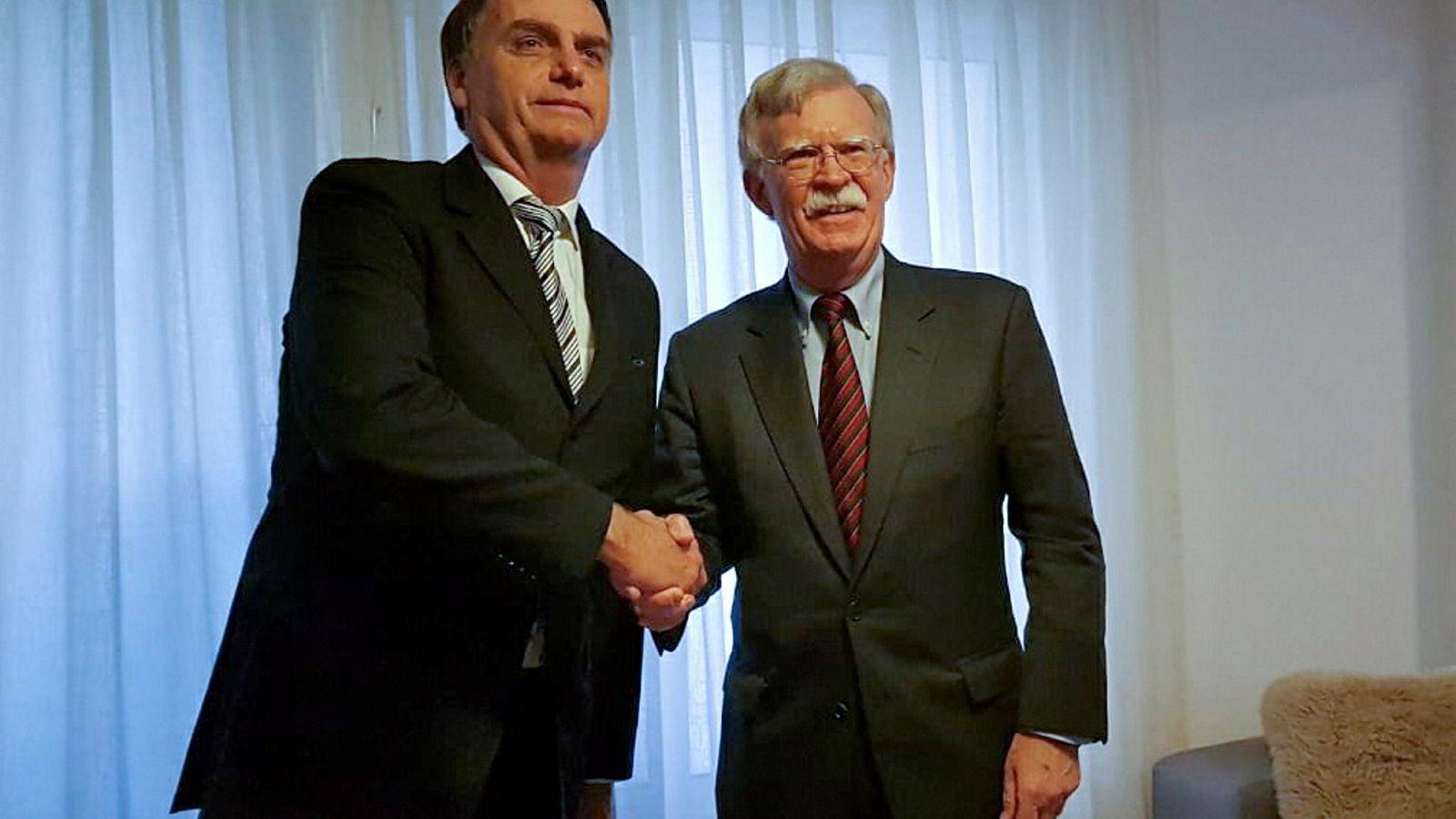 Brasils påtroppende president Jair Bolsonaro og USAs nasjonale sikkerhetsrådgiver John Bolton hadde et hjertelig møte i Rio de Janeiro.