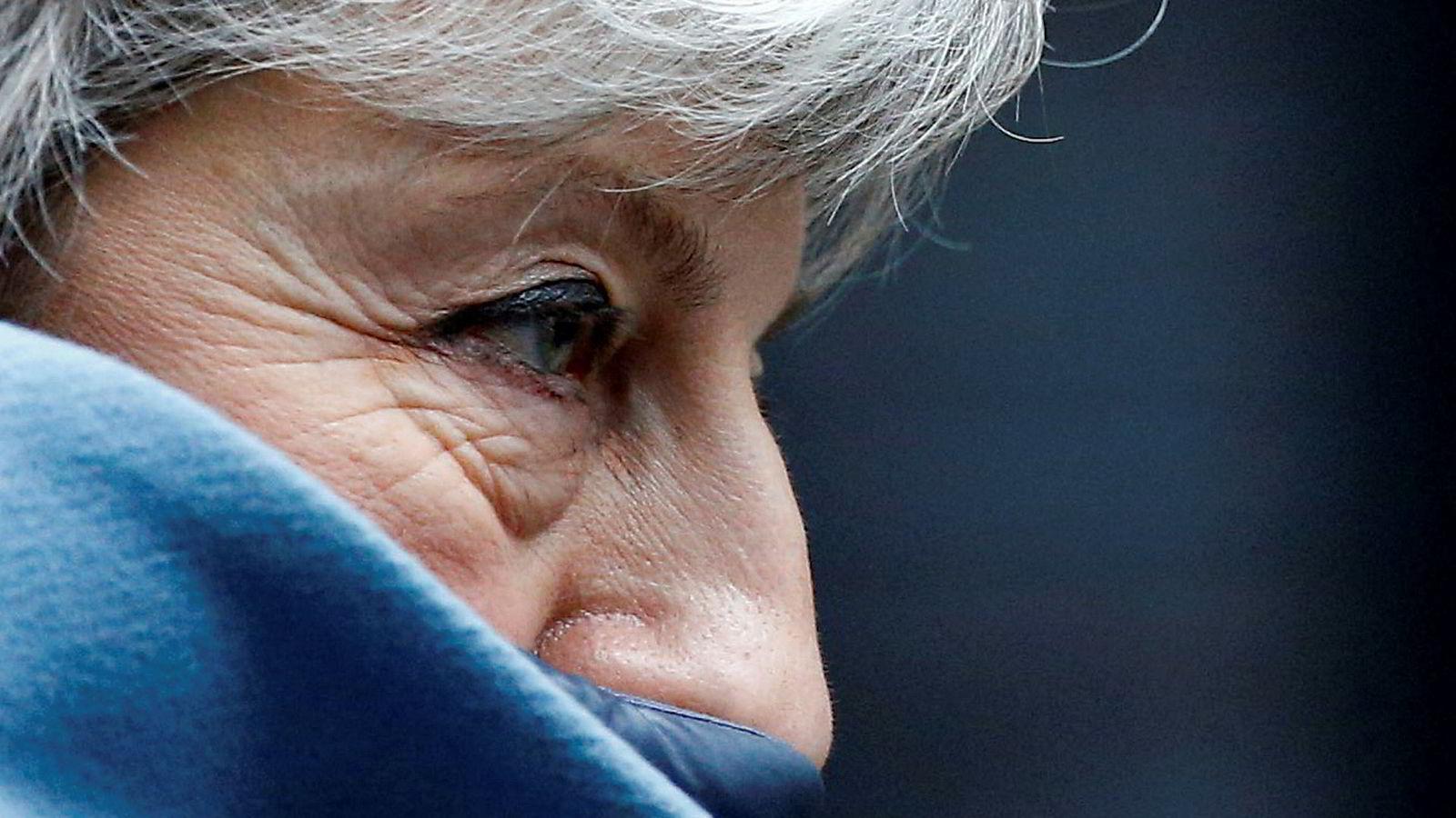Storbritannias statsminister Theresa May er under hardt press for tiden.