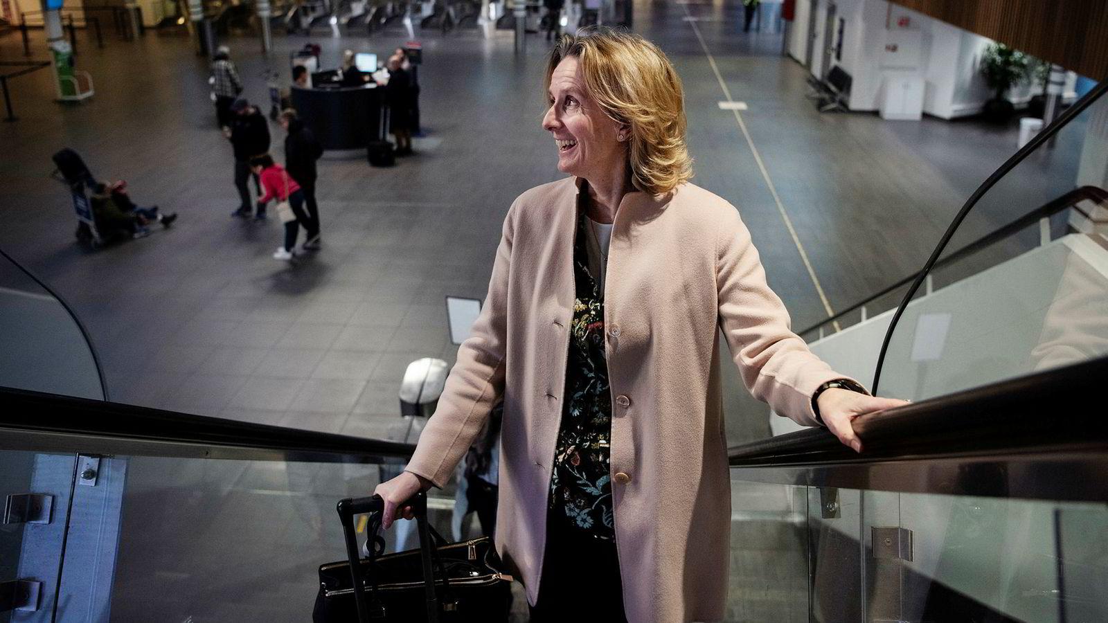 Irene Rummelhoff på vei til London og møte med investorer. Rummelhoff er konserndirektøren som har ansvaret for all salg av olje og gass i Equinor.