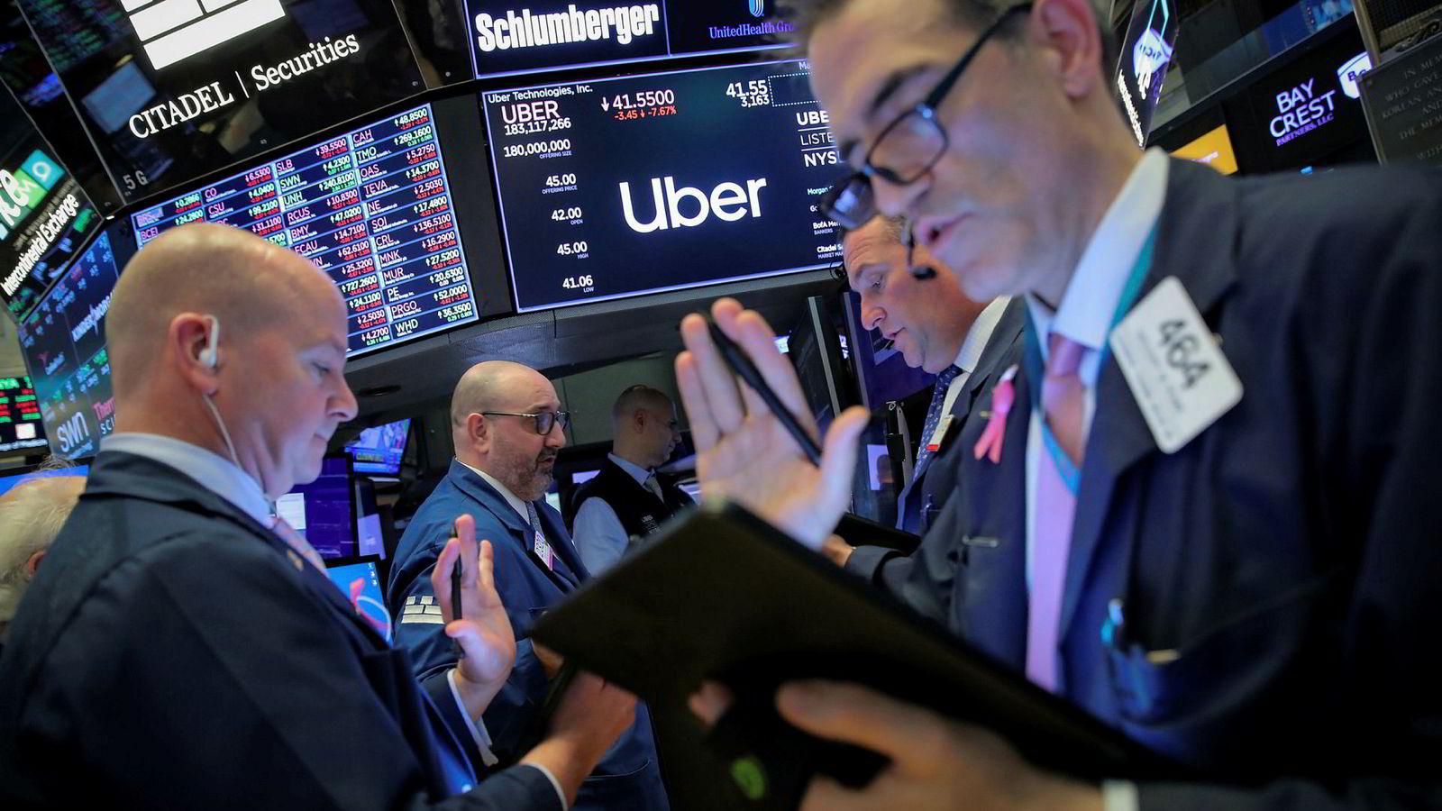 Siden børsnotering fredag har Uber-aksjen falt over 17 prosent i verdi på New York-børsen.