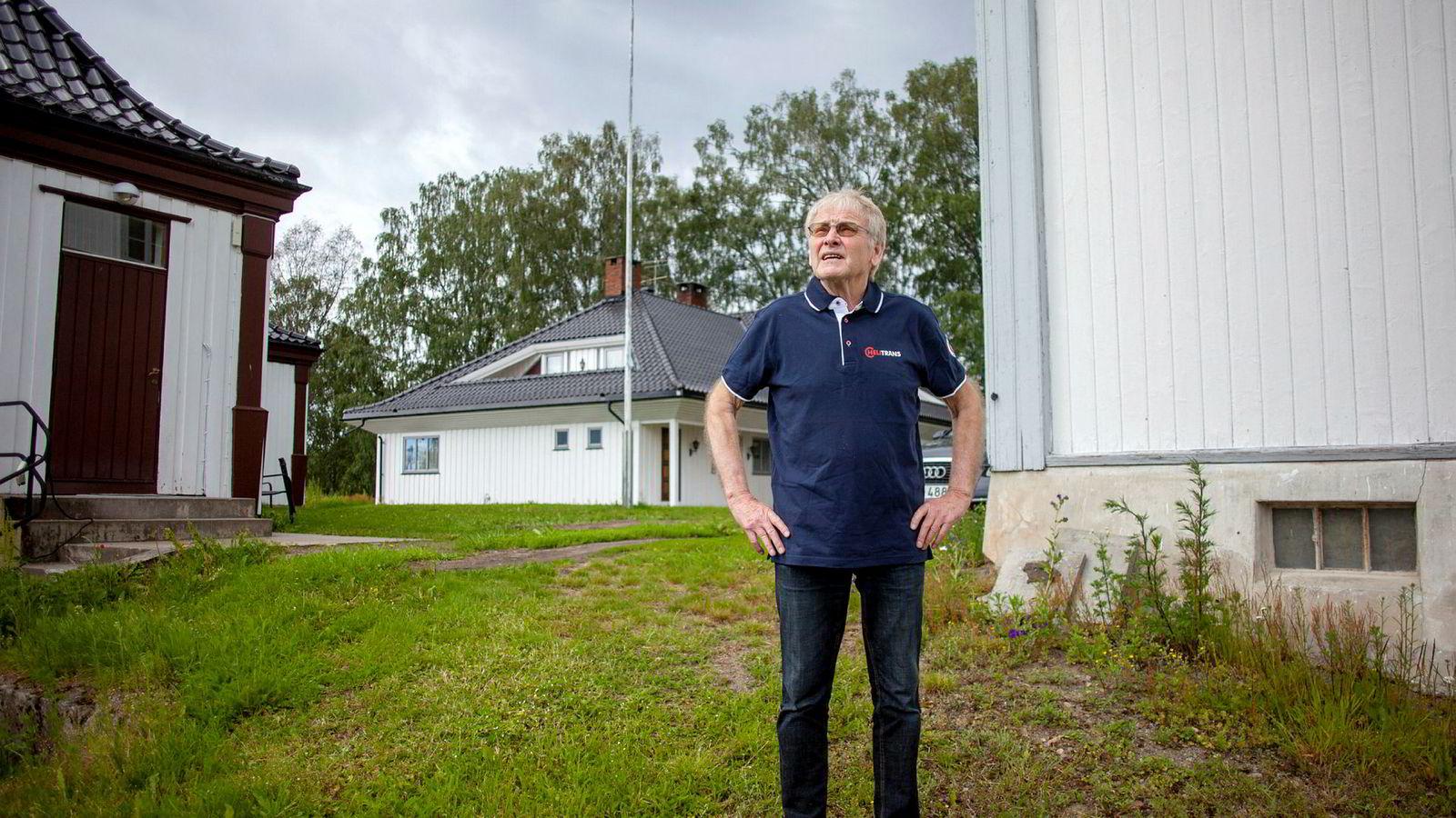 Investor Oddvar Røysi (79) eide tidligere helikopterselskapet Helt Propell sammen med Bjørn Eidsvåg og Ole Petter Berger. Nå er han rasende på sine gamle forretningspartnere.