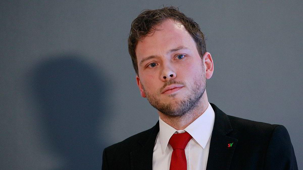 SV og partileder Audun Lysbakken har vunnet frem med kravet om at to tredjedeler av utslippskuttene skal tas innenlands. Problemet er at det ikke er gjennomførbart.