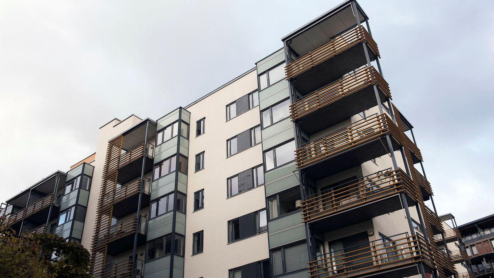 Et nytt høringsforslag skal gjøre leiligheter billigere og enklere å få ut på markedet.