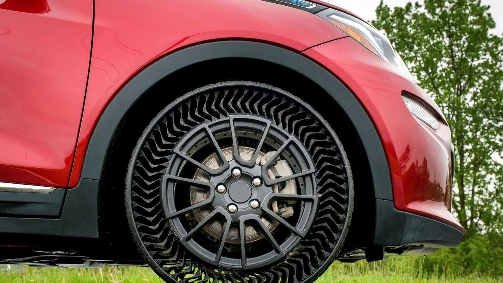 En prototype av Michelins nye dekk Uptis ble for første gang testet på en Chevrolet Bolt i slutten av mai.