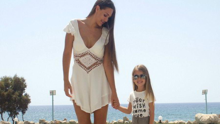 Blogger Anna Rasmussen og hennes datter Michelle.