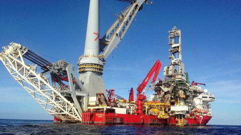 Et undervannsinstallasjonsfartøy tilhørende Kristian Siem-dominerte Subsea 7, her på jobb i Mexicogolfen i 2015.