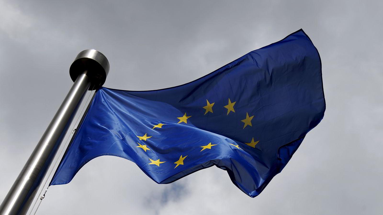 Skyene er mørke over EU når et nytt år tar til. Unionen må komme opp med løsninger på migrasjonskrisen, terrortrusler, forholdet til Russland og økonomisk stagnasjon. Foto: François Lenoir / Reuters / NTB scanpix