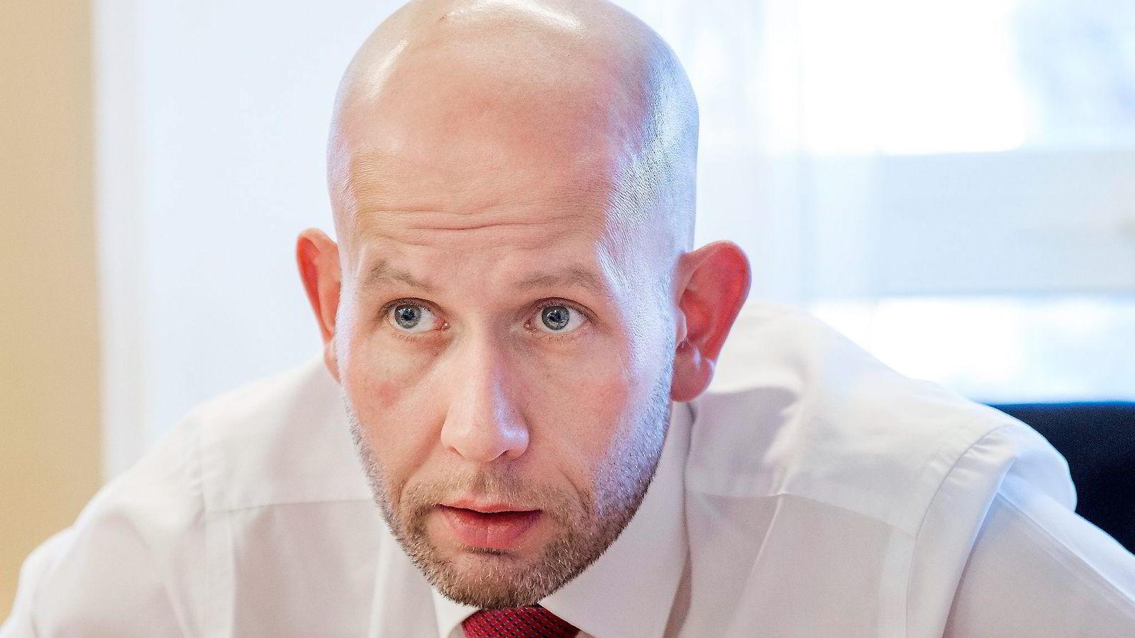 Olje- og energiminister Tord Lien liker ikke vindkraftsubsidiene. Foto: Fredrik Bjerknes