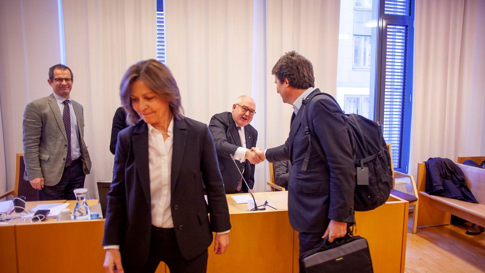 Polaris Media saksøkte sin gamle advokat, Trond Vernegg, for dårlige råd. Fra venstre: Advokat Jan B. Jansen fra BAHR, Advokat Cecilie Amdahl fra Schjødt, advokat Trond Vernegg fra Arntzen de Besche og konsernsjef Per Axel Koch i Polaris Media.