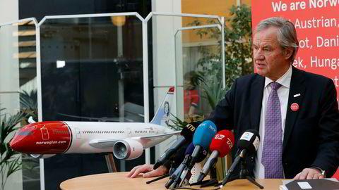 Norwegiansjef Bjørn Kjos legger frem skuffende resultater og kanseller fly.