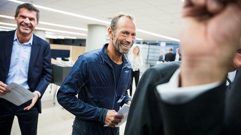 DNB Markets-sjef Ottar Ertzeid og Ivar Tollefsen i DNBs storstue i Bjørvika i høst. Tollefsen er stor kunde i DNB, og da Norges største bank arrangerte eiendomskonferanse, var Tollefsen hentet inn som innleder.