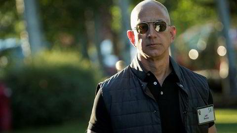 Børsuroen har gjort et stort innhugg i formuen til Amazon-grunnlegger Jeff Bezos.