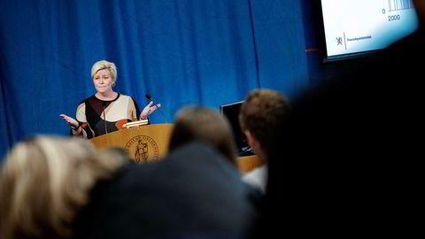 Finansminister Siv Jensen er inhabil i saker som gjelder Johan H. Andresen.