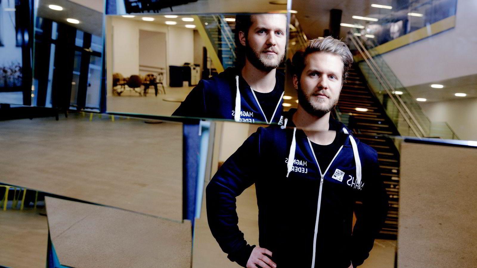 Studentleder Magnus Wirkola synes NHH innfører et rettferdig karaktersystem, men er samtidig redd for at tøffere konkurranse om toppkarakterene kan føre til høyt arbeids- og karakterpress. Foto: Paul S. Amundsen