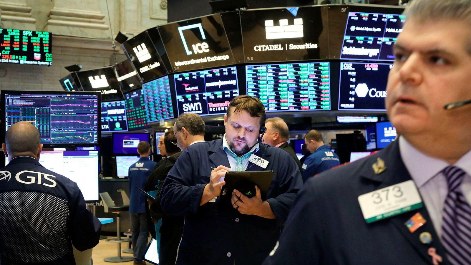 Aksjemarkedet har ikke latt aksjekursene stige så mye som lavere rente har gitt rom for. Her fra New York Stock Exchange.