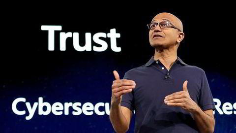 Microsoft-toppsjef Satya Nadella annonserte storsatsingen i en kunngjøring mandag.