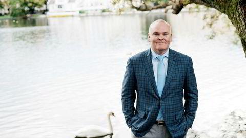 Konsernsjef i Transocean Jeremy D. Thigpen våknet klokken tre om natten på Atlantic Hotel under oljemessen ONS i Stavanger. Da begynte han å jobbe.