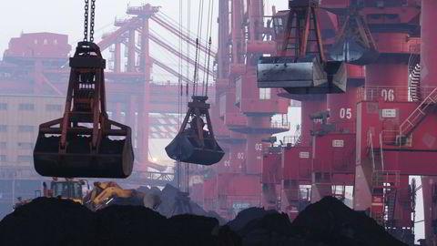 Kinesiske myndigheter mener tilbudsoverskuddet er en utfordring for veksten.  Illustrasjonsfoto: Chinatopix Via