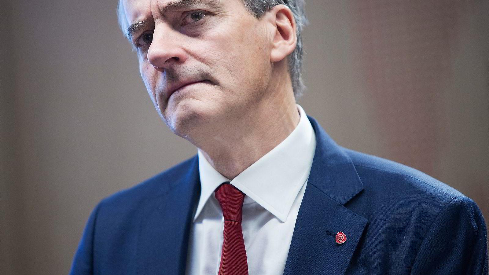 Ap-leder Jonas Gahr Støre mener ledighetsnivået er dramatisk. Foto: