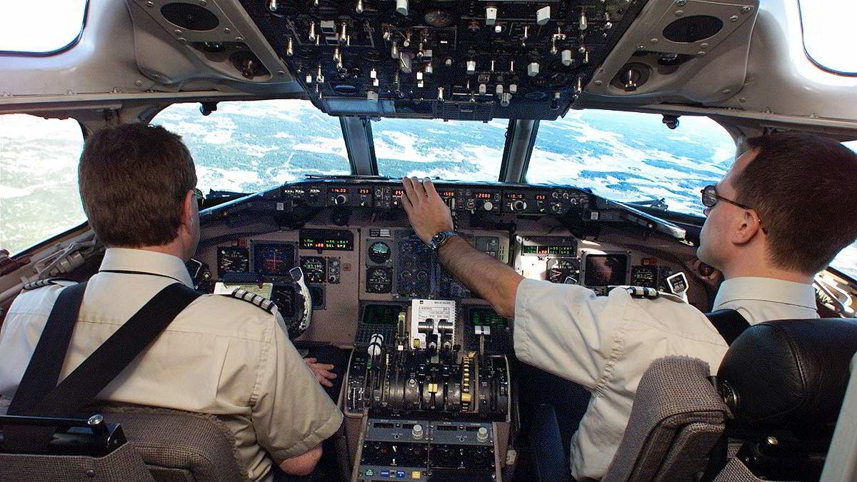 """SAS-pilotene levde godt på innholdet i """"den grønne boken""""."""