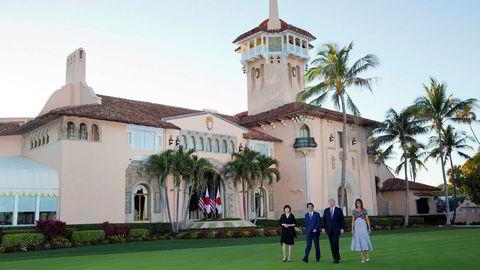 President Donald Trump har invitert statsledere til den private countryklubben Mar-a-Lago i Florida, blant annet Japans statsminister. Nå gjør han seg klar til 16 dagers golfferie – hvis budsjettkrisen blir løst.