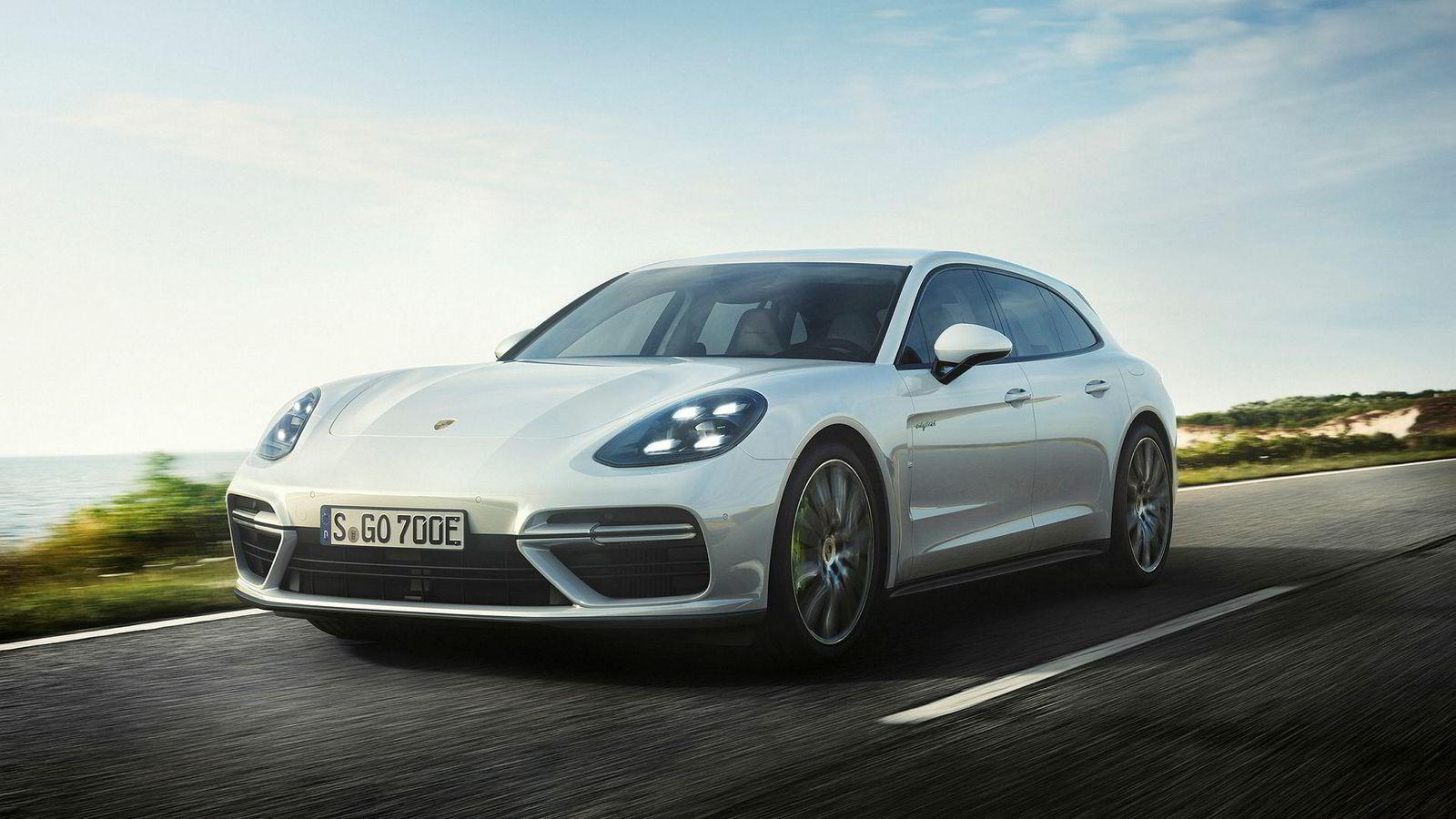 Den nye toppmodellen av Porsche Panamera heter Turbo S E-hybrid Sport Turismo.