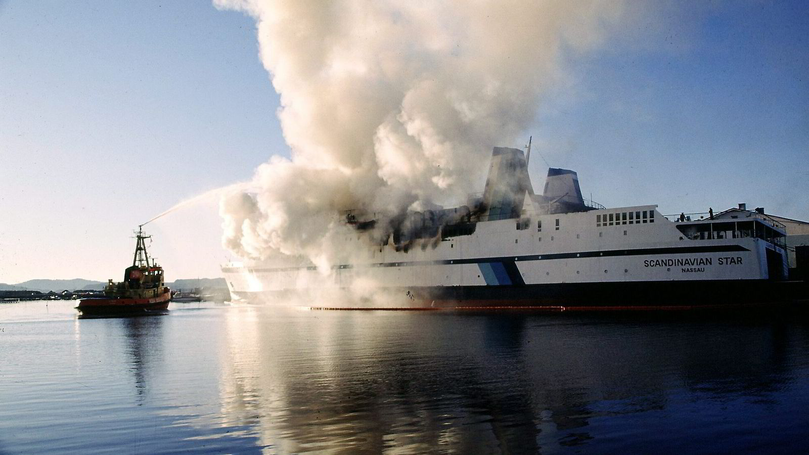 DØDSBRANNEN. Fortsatt har man ikke kommet til bunns i ulykken som tok livet av 159 mennesker da fergen Scandinavian Star brøt ut i brann for ganske nøyaktig 16 år siden. Foto: Tor Arne Dalsnes,