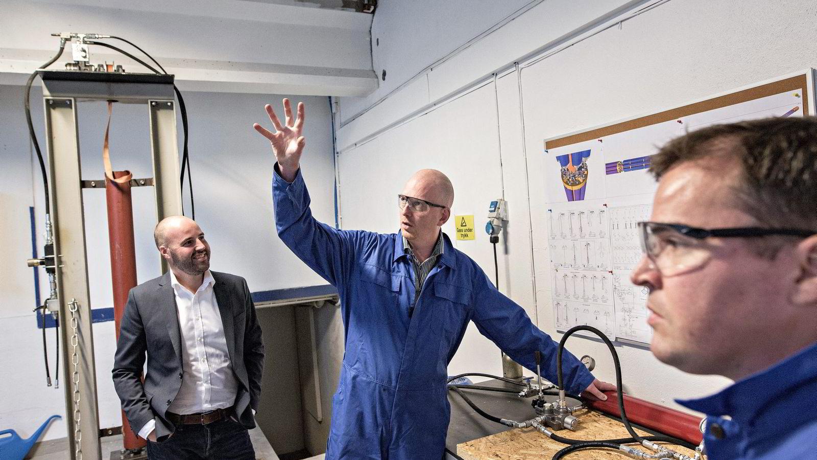 Jan-Fredrik Carlsen (39) (fra venstre), Trond Løkka (43) og Tor-Øystein Carlsen (37) har siden nyttår jobbet med å stable på bena oljebedriften Optime Subsea Service. Alle foto: Aleksander Nordahl