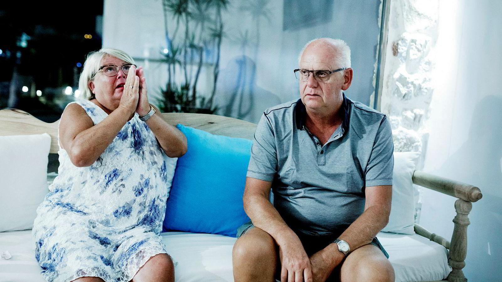 Kommende russ ødela ferien til ekteparet Dag Rune og Bente Hafredal og reisefølget deres på hotellet Aegean Blu.