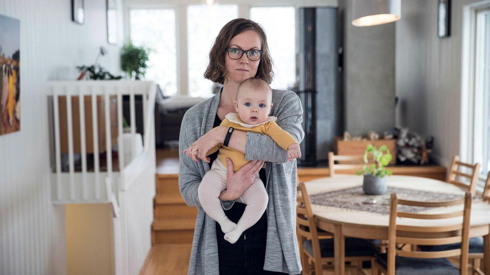 Tobarnsmor og Telenor-mellomleder Live Grøtting mener man må ta hensyn til at kjønnene biologisk sett ikke er likestilte.