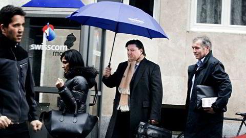 Jostein Eikeland og Per Dybwad (til høyre) i forbindelse med Alevos generalforsamling på Hotel Novotel i Genève i mars i år.