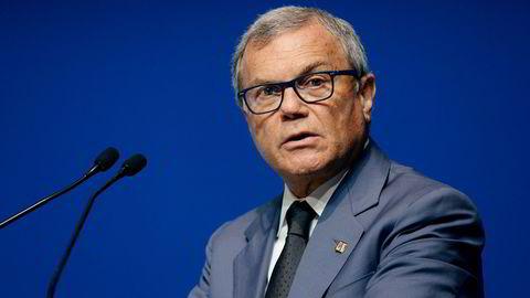 Sir Martin Sorrell (71) tjener over 800 millioner kroner i året som toppsjef i den globale reklame- og mediebyråkjempen WPP, som i Norden opererer under navet Group M. Foto: Mark Runnacles/