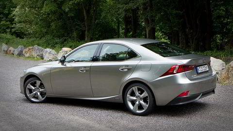 Lexus IS topper den britiske undersøkelsen på kundetilfredshet. Foto: