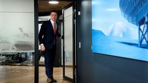 Petter J. Hagen, sjef for Carnegies investeringsbankvirksomhet, mener Oslo Børs har brutt mange av anbefalingene om god eierstyring og selskapsledelse i håndteringen av budkampen i selskapet.