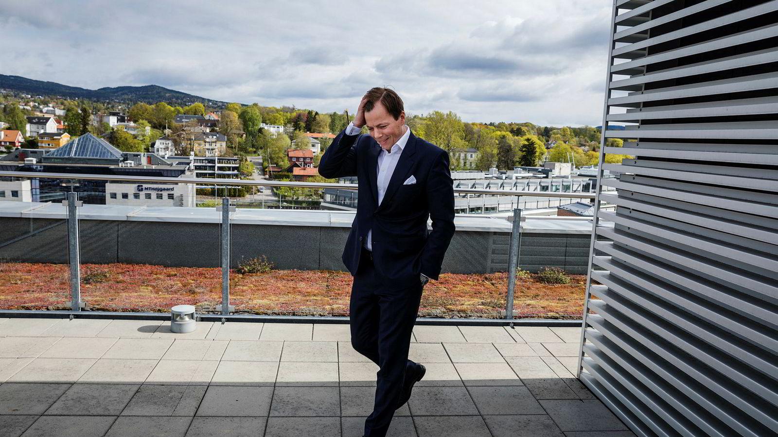 Norske Skogs nye toppsjef Lars P. Sperre har hatt ansvaret for en økonomisk redningsplan i selskapet og tror på en løsning med obligasjonseiere i løpet av året.