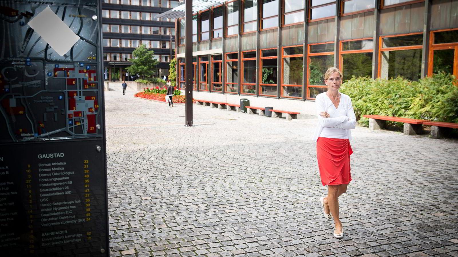 LEDER EKSPERTGRUPPE. Økonomiprofessor Karen Helene Ulltveit-Moe ved Universitetet i Oslo sier hennes største skrekk er å lansere en norsk offentlig utredning (NOU) som havner i en skuff.