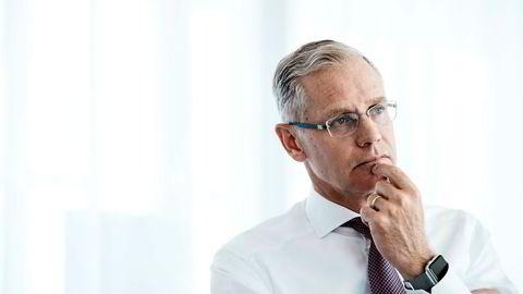 Rickard Gustafson, konsernsjef i SAS, etterlyser konsolidering i flybransjen og varsler at flere konkurser er på vei.