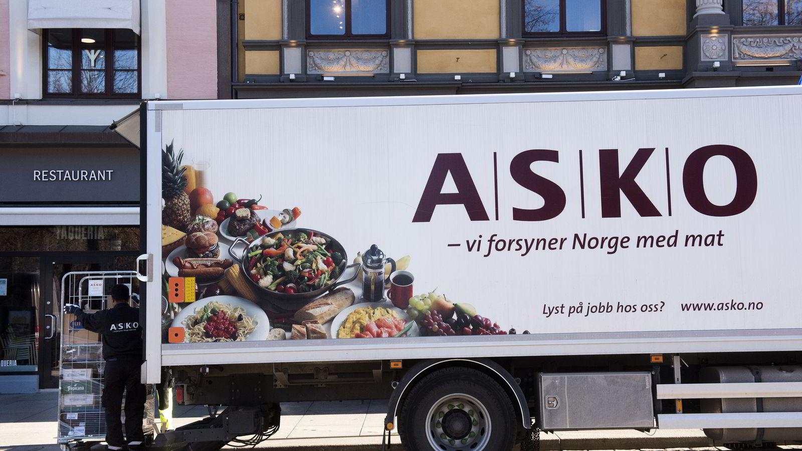 Statsminister Erna Solberg vil være på plass når Asko skal presentere Norges første el-lastebil som er blitt testet ut de siste månedene. Denne lastebilen er en ordinær distribusjonsbil.