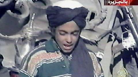 Dette bildet fra 2001 skal være av Hamza bin Laden, terrorlederen Osama bin Ladens yngste sønn som nå er i midten av 20-årene. Han ettersøkes nå for terrorvirksomhet.