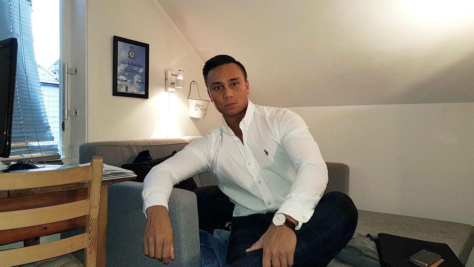 Philip Eriksen (22) fra Harstad har ifølge ham selv tjent millioner av kroner på utvinning og trading av bitcoin.