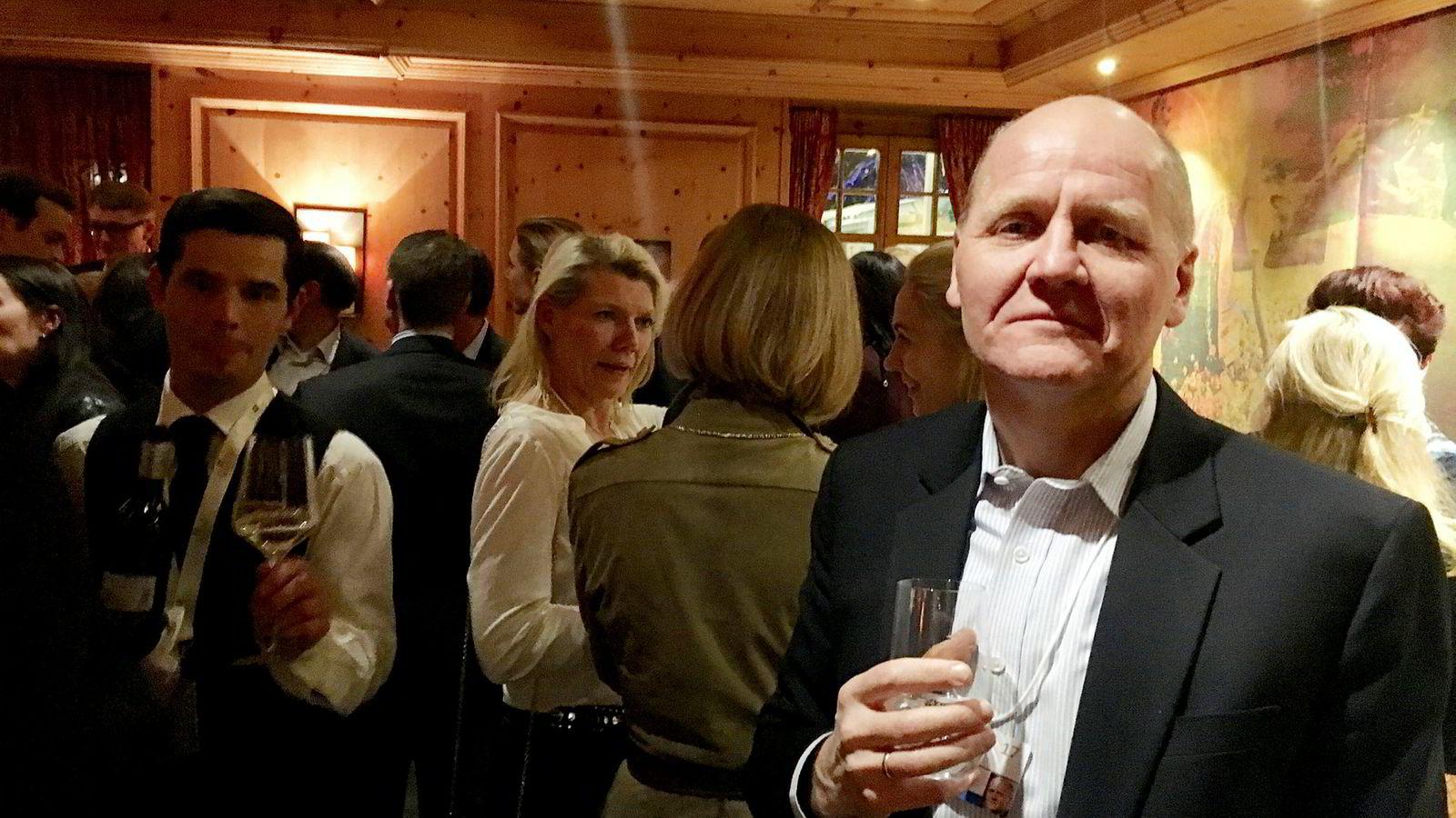 Telenor-sjef Sigve Brekke var blant de norske næringslivstoppene som stilte da Hydro inviterte til middag på Hotel Seehof kvelden før World Economic Forum starter i Davos tirsdag.