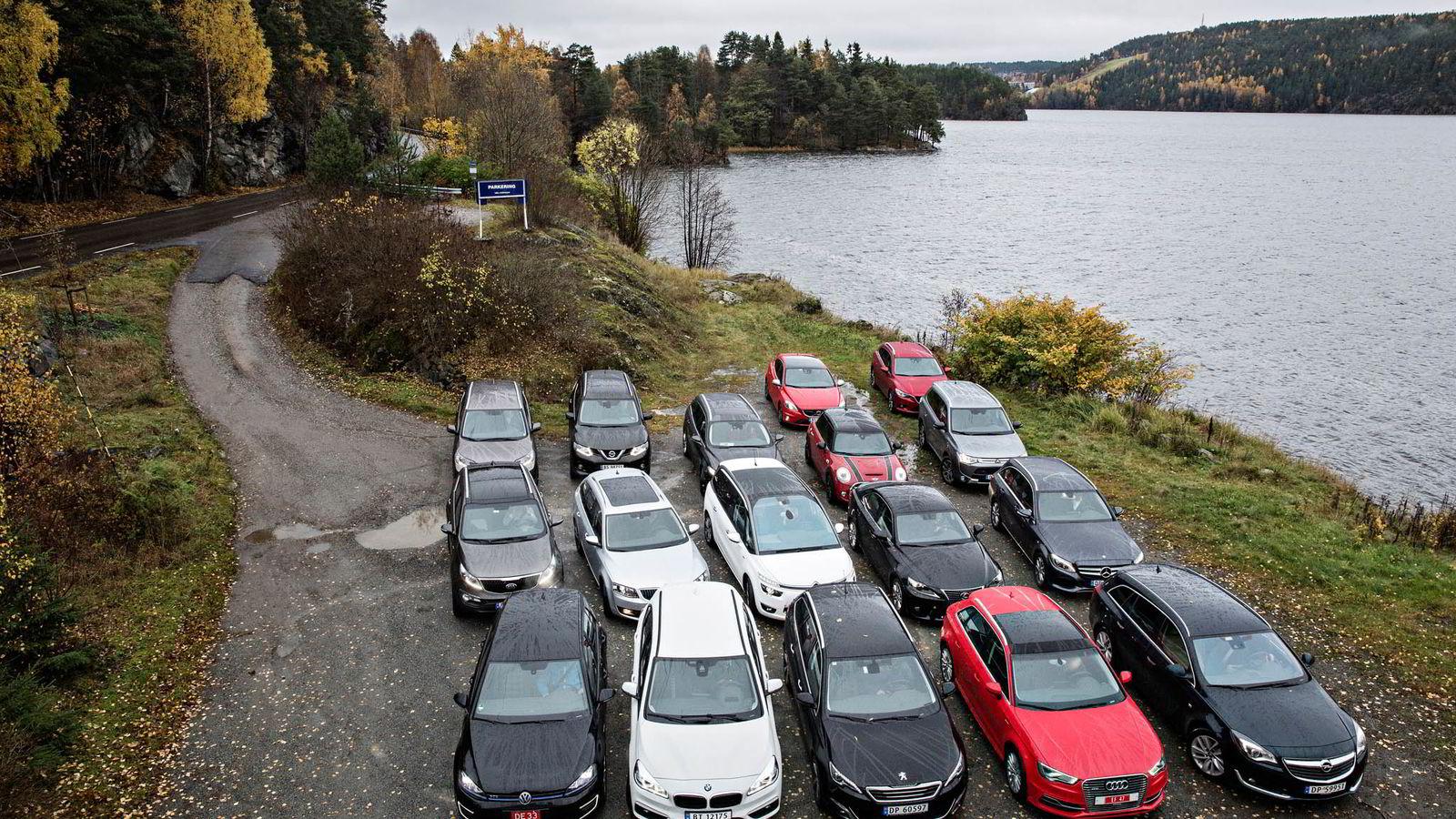 Med hele 17 konkurrerende biler, ble det ny deltagerrekord for Firmabiltesten i 2014.               Foto: Aleksander Nordahl