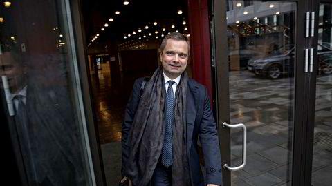 – Det er i hvert fall ingenting som uroer julefeiringen, sier investor Harald Espedal. Den tidligere Skagen-forvalteren har kjøpt seg jevnt og trutt opp i aksjemarkedet gjennom børsuroen.