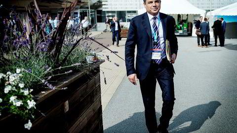 – Det er langt fra over for norsk sokkel, sier toppsjef Lorenzo Simonelli i Baker Hughes. Sist uke var han innom oljemessen i Stavanger og snakket med DN.