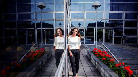 Danske Tine Gottlob Wollebekk gikk i sommer fra Telenor til Bank Norwegian, som nå har 1,1 millioner kunder. Hun flyttet til Norge fordi hun er så glad i å gå på ski. Foto: Javad Parsa
