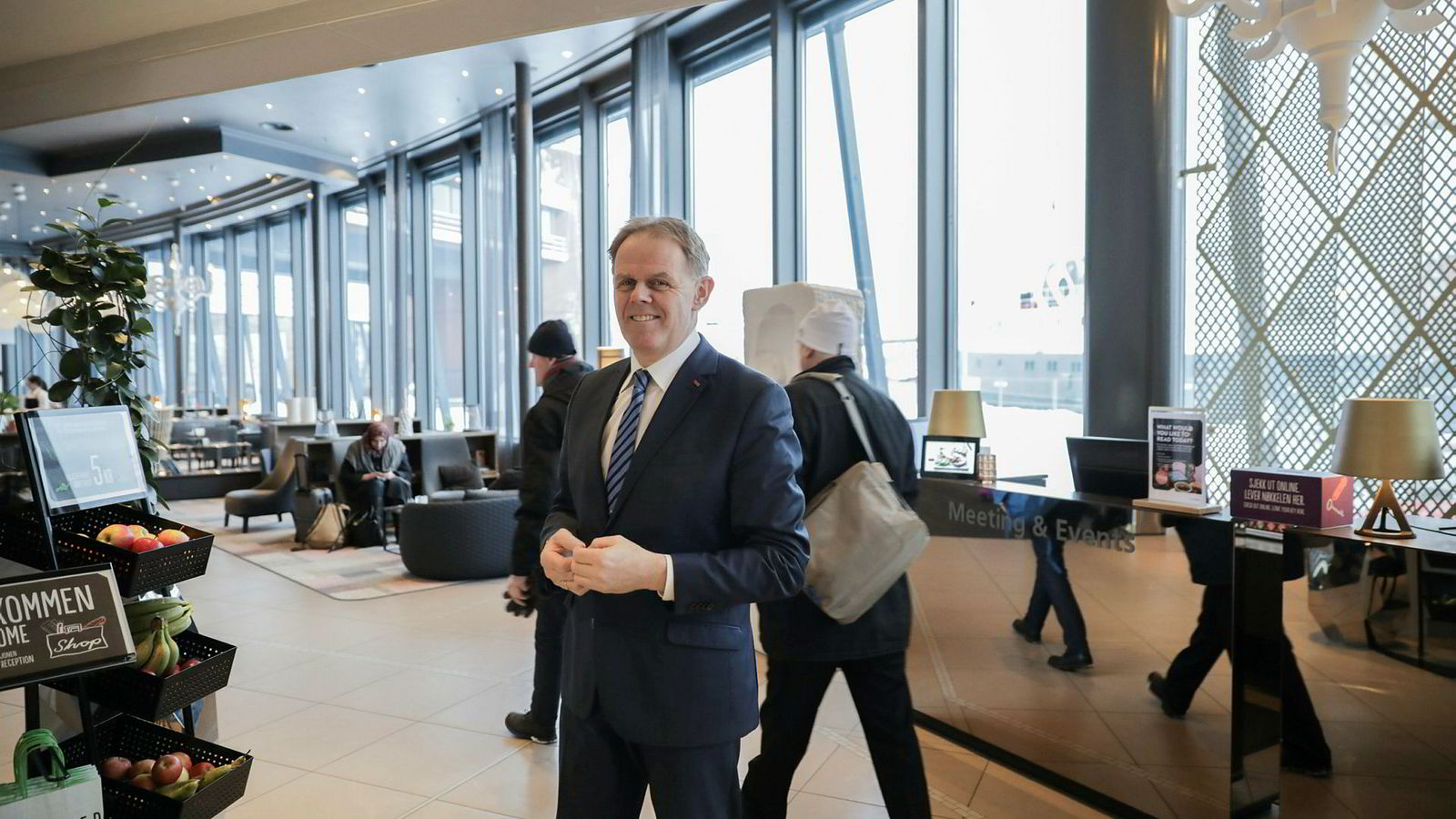 Hotelldirektør Poul-Henrik Remmer på Scandic ishavshotell i Tromsø er strålende fornøyd med rekordhøye rompriser. – Men kundene forventer dermed også mer og stiller høyere krav til oss, mener han.