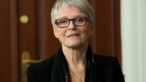 Tyngden i sentrum av norsk politikk vil forsvinne hvis KrF går til høyre, mener Anne Enger.