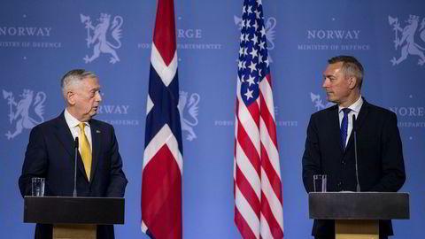 Den amerikanske forsvarsministeren James N. Mattis og forsvarsminister Frank Bakke-Jensen.